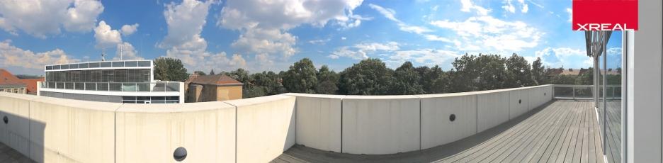 XREAL-Praha-6-Bubenec-Ronalda-Reagana-loft-PAN-4